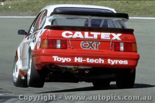 89744  - Bond / Stewart  Ford Sierra RS500 - Bathurst 1989
