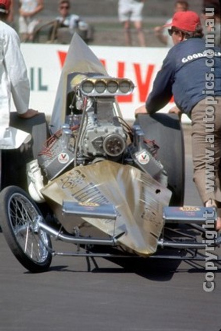 66903 - George  The Bushmaster  Schrieber  AA/Fuel Dragster  Yellow Fang  - Surfers Paradise 1966 - Photographer John Stanley