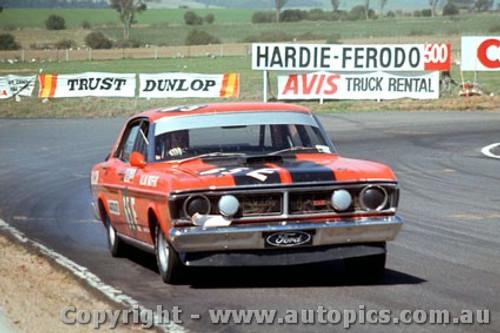 71762  -  Allan Moffat  -  Bathurst 1971 -1st Outright & Class E winner - Ford Falcon XY GTHO - Photographer Bruce Blakey
