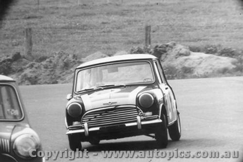 66734  -  Brown / Cook  -  Morris Cooper S - Bathurst 1966