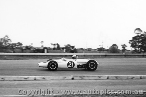 66555 - L. Brennan Elfin Ford - Sandown 27/2/1966 - Photographer Peter D Abbs