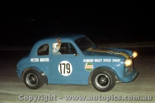 70146 - Peter Brock Austin  A30 - Oran Park 3/1/1970 - Photographer David Blanch