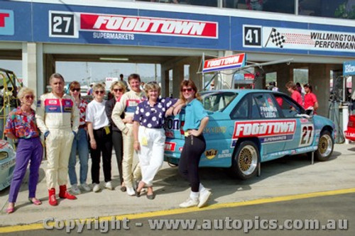 91751 - T. Finnigan / G. Leeds  Holden Commodore VN - Bathurst 1991