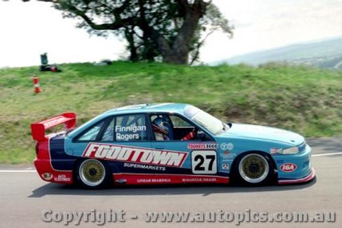 93735 - T. Finnigan / G. Rogers  Holden Commodore VP - Bathurst 1993