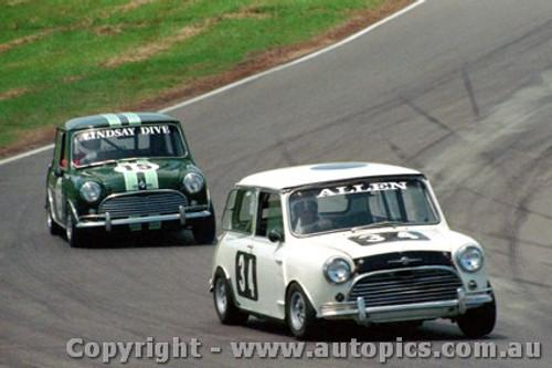 87030 - Bruce Allen - Morris Cooper S - Oran Park 1987