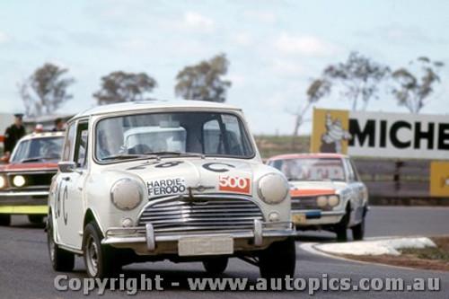 69745  -  D. Frazer -  Morris Cooper S -  Bathurst 1969