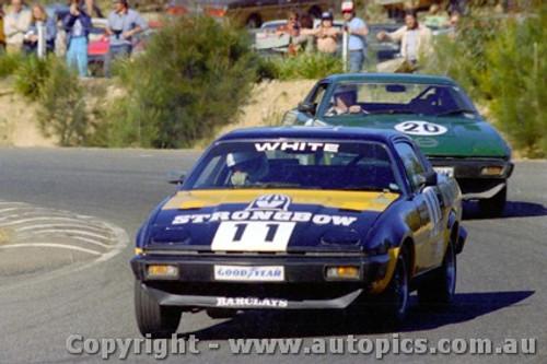 81409 - Ed White / A. Springett  Triumph TR7 Pro Car Series  - Amaroo Park 9th March 1981