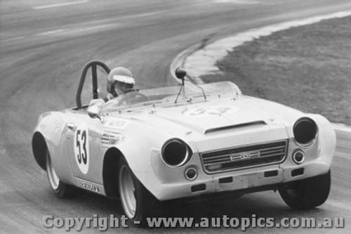 73431 - Jeff Morrow Datsun 2000  - Oran Park 24th June  1973