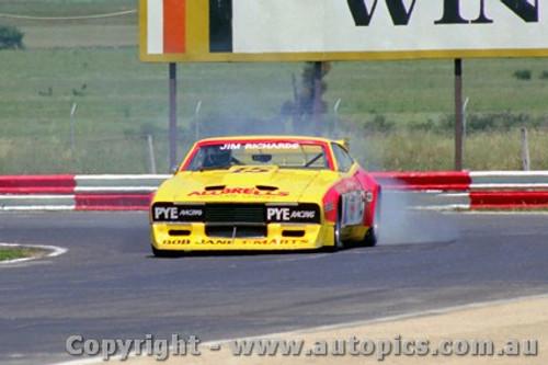81028 - Jim  Richards Ford Falcon - Calder 1981