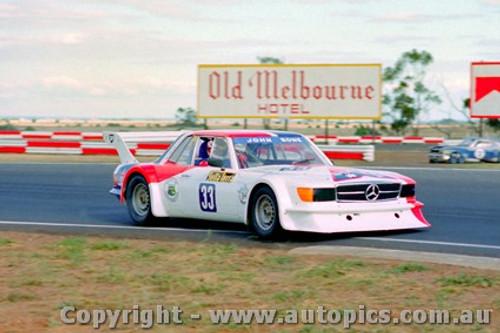 82019 - John Bowe - Mercedes Benz - Calder 1982