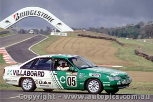91011 - Brock / Crompton / McKay Holden Commodore VN SS 4th place  Bathurst 12 Hour 1991
