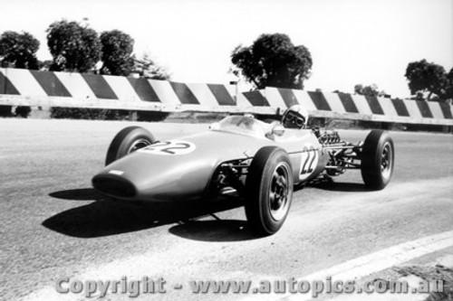 65529 - Barry Collerson   Brabham - Sandown Tasman Series   21st February 1965