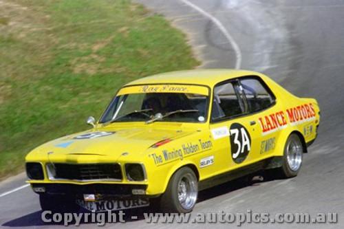 78040 - Ray Lance Holden Torana LJ XU1 - Amaroo Park  23th April 1978 - Photographer Lance Ruting