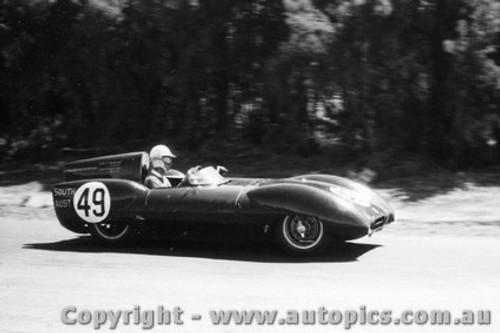 58436 - J. Ampt Decca Special - Phillip Island  26th December  1958 - Photographer Peter D Abbs