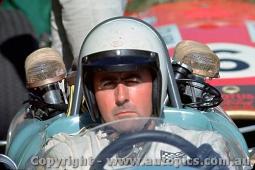 68564 - Jack Brabham - Repco Brabham - Warwick Farm Tasman Series 1968 - Photographer Richard Austin