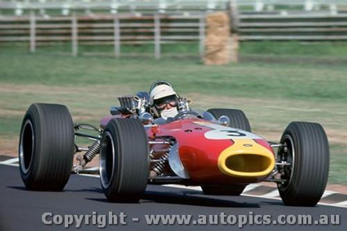68566 - John Harvey - Repco Brabham - Warwick Farm Tasman Series 1968 - Photographer Richard Austin