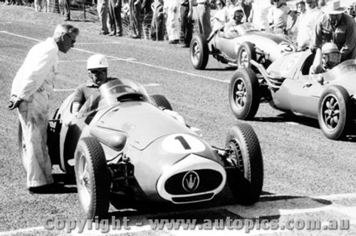 58539 - Stan Jones Maserati 250F - Phillip Island  26th December 1958 1958 - Photographer Peter D Abbs