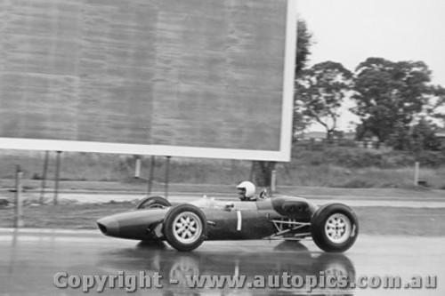 63529 - Masten Gregory - Lola - Sandown International -  11th March 1963 - Photographer Peter D Abbs