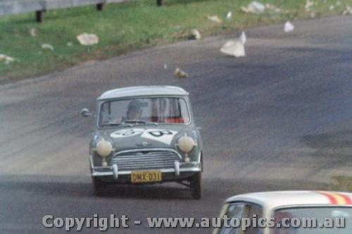 64741  - C. Smith / B. Maher  Morris Cooper -  Bathurst 1964 - Photographer Richard Austin