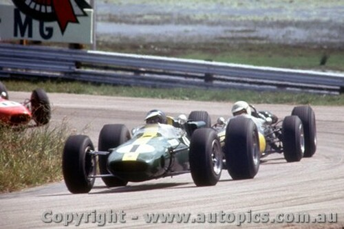 66562 - Jim Clark Lotus 39 Climax -  Tasman Series  Lakeside 1966 - Photographer John Stanley