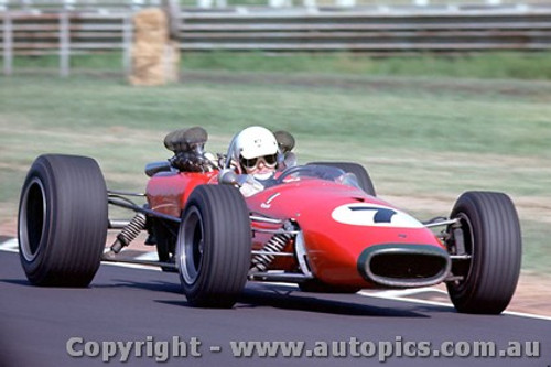 68577 -  Greg Cusack  Repco Brabham V8  - Warwick Farm Tasman Series 1968 - Photographer Richard Austin