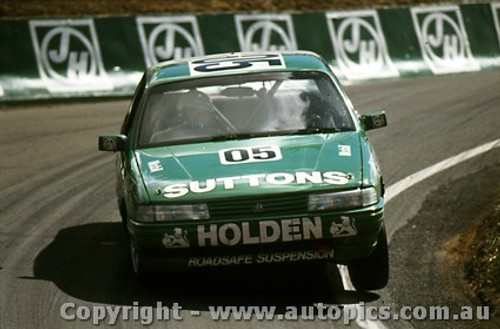 91757 - Brock / Crompton / McKay Holden Commodore VN SS V6 4th place  Bathurst 12 Hour March 1991 -  Protographer Darren House