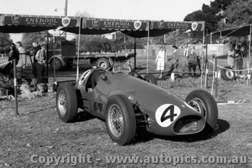 57518 - L. Davison  - Ferrari - Albert Park 1957 - Photographer Peter D Abbs