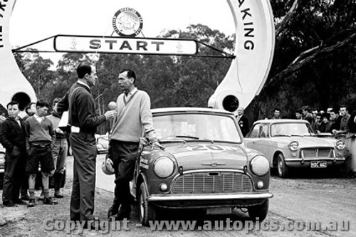 62104 - Peter Manton  Morris 850 - Templestowe Hillclimb 1962 - Photographer Peter D Abbs