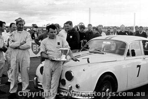 64057 - B. Jane Jaguar  - Calder 30th August 1964  - Photographer  Peter D Abbs