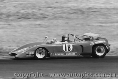 73437 - R Hanger - Rennmax Waggott - 28/1/1973 - Phillip Island - Photographer Peter D Abbs