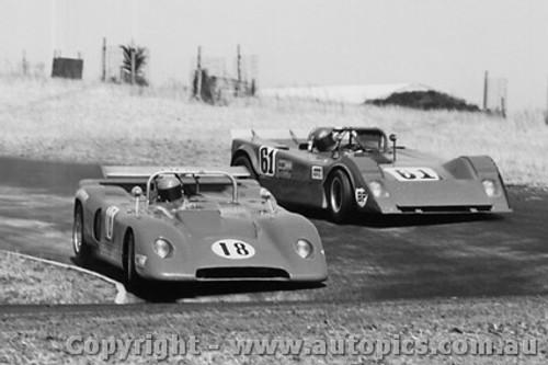 73439 -  R Hanger - Rennmax Waggott -  H Mitchell - Elfin 360 - 28/1/1973 - Phillip Island - Photographer Peter D Abbs