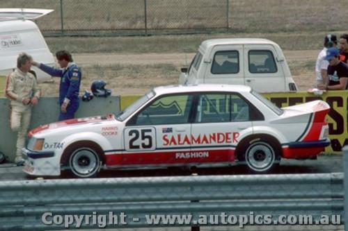 83020 - Harris / Cooke -  Holden Commodore VH - Calder Park Raceway 1983 - Photographer Peter Green