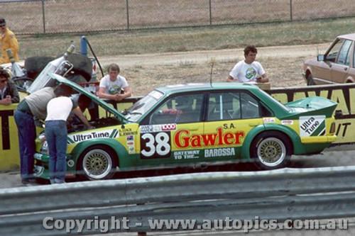 83021 - B. Stack / B. Jennings -  Holden Commodore VH - Calder Park Raceway 1983 - Photographer Peter Green