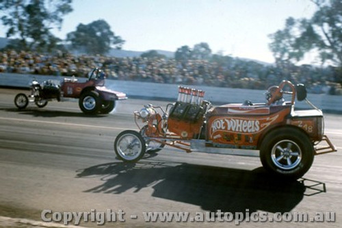 71910 - Hot Wheels - Castlereagh 1971 - Photographer Jeff Nield