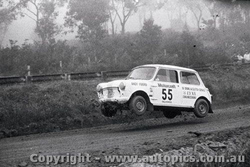 72972 - Andy Foord - Mini - Catalina Rallycross 27th February 1972 - Catalina Park Katoomba - Photographer Lance J Ruting