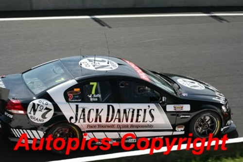 208725 - T. Kelly / S. Price - Holden Commodore VE - Bathurst 2008 - Photographer Jeremy Braithwaite