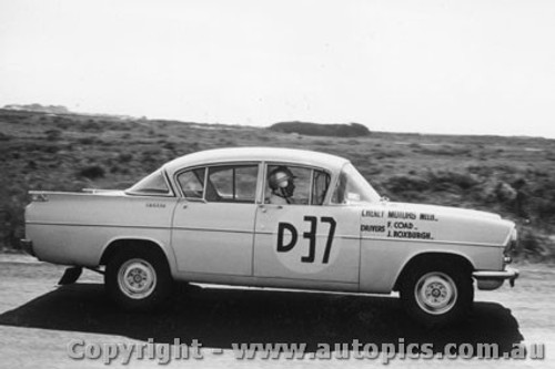 60748 - F. Coad / J. Roxburgh Vauxhall Cresta - Winner of the First Armstrong 500 Phillip Island 1960 - Photographer Peter D Abbs