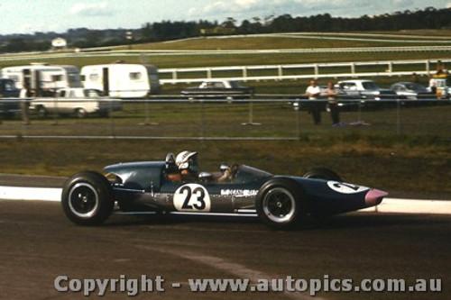 66583a  - D. Clough Elfin Mono - Sandown 1966 - Photographer Peter D Abbs