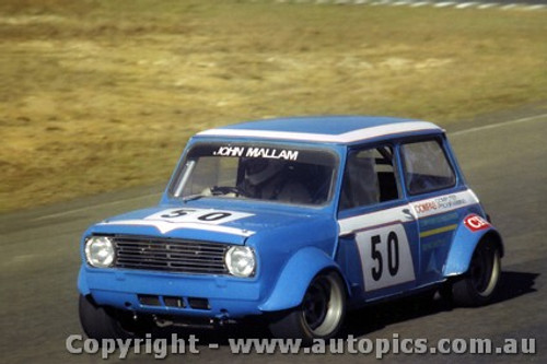 80060 - John Mallam  Morris Mini - Amaroo 1980 - Photographer Lance Ruting