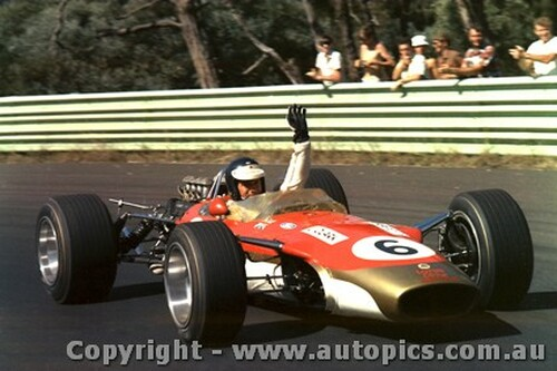 68594 - Jim Clark - Lotus 49 - Tasman Series - Warwick Farm - 1968 - Photographer  David Blanch