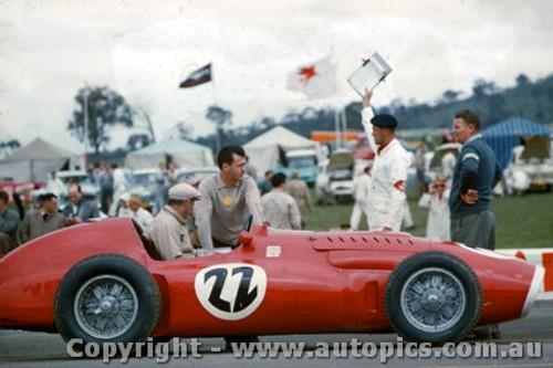 58549 - Tom Clark  Super Squalo Ferrari - Bathurst 1958 - Photographer Adrien Schagen