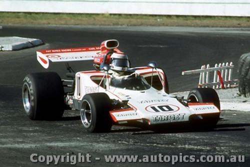 73625 - Warwick Brown Lola T300 Chev - Tasman Series Pukekohe  1973  - Photographer Jeff Nield