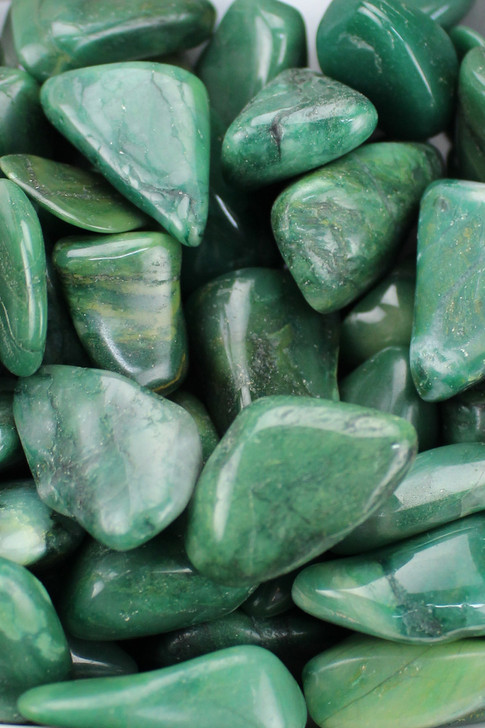 Buddstone Jade Ancient Knowledge, increased resistance to infection.  Stimulates all chakras, well being, self sufficient, patience, stamina