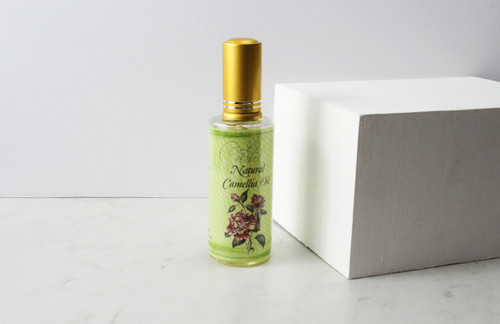 La Célébrité Camellia Oil