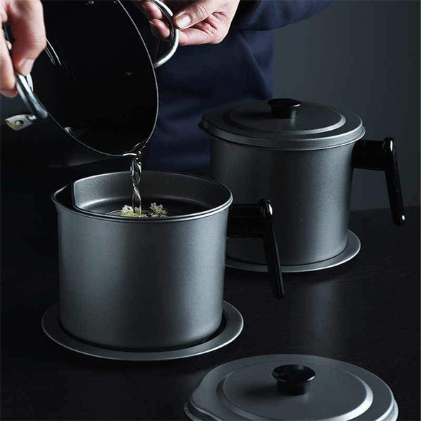 1-4l-non-stick-oil-jug-strainer-snatcher-online-shopping-south-africa-19472729178271.jpg