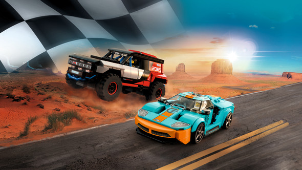 LEGO® 76905 - Speed Champions Ford GT Heritage Edition and Bronco R