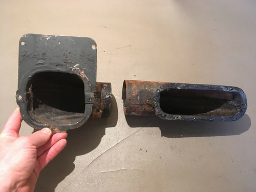 1957 1958 Cadillac Coupe PS RH Door Heat Vent Duct Used Original