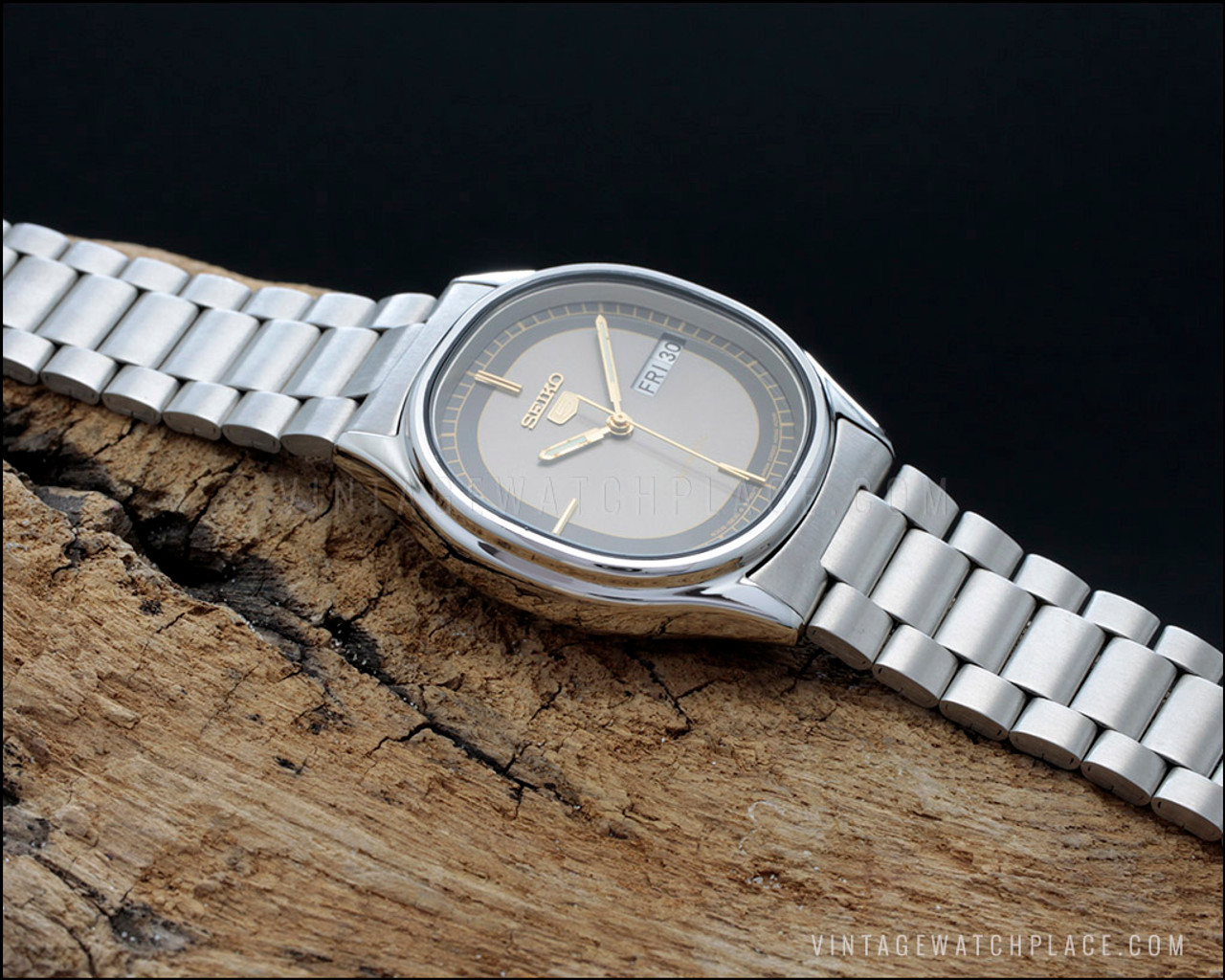 New Old Stock Seiko 5 automatic vintage watch, 6309-5820 ...