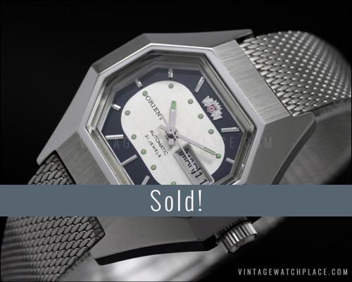 NOS Orient automatic vintage watch, octogonal, Milanese strap