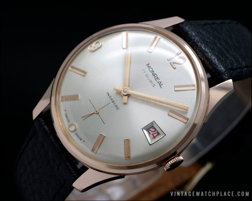Classic vintage watch Monreal